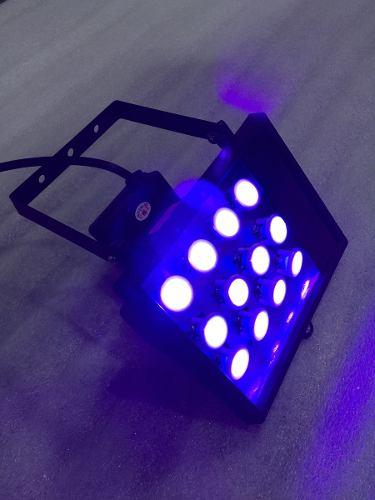 Image lampara-led-luz-negra-uv-fiesta-neon-blanco-violeta-910001-MLM20258946410_032015-O.jpg